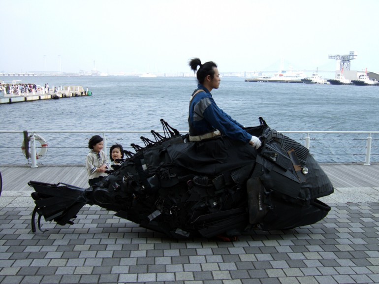 「横浜のチヌ」/ ''Chinu, Yokohama'', 2007, garbage based sculpture