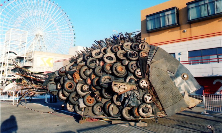 「大阪湾のチヌ」/ ''Chinu, Osaka Bay'', 2007, garbage based sculpture