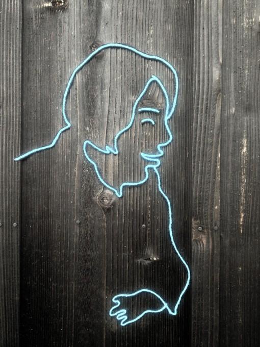 """「あ、うん」の「あ」の方 / """"a"""" of """"a-un"""", 2010, yarn on outside wall in Naoshima"""