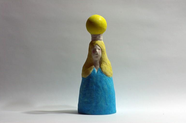 「ひらめく」/ ''have a flash'', 2011, ceramic based sculpture