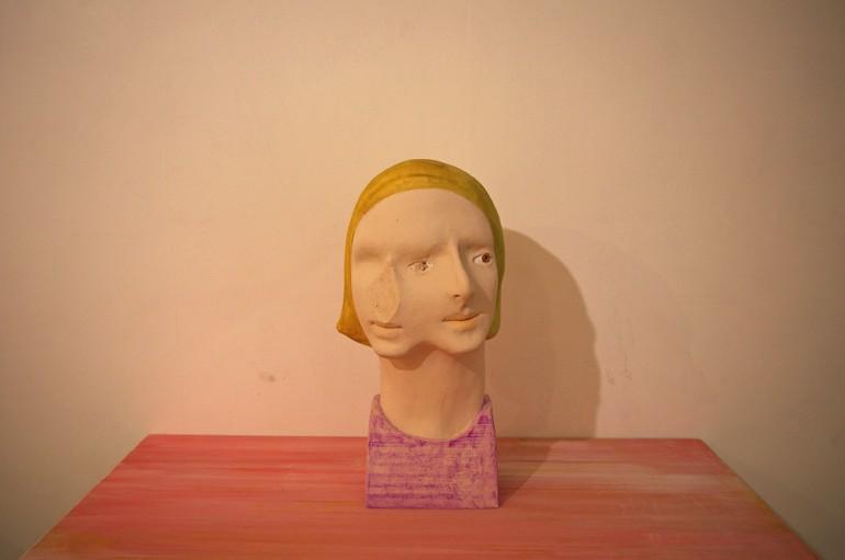 「三相」/ ''three-phase'', 2009, ceramic based sculpture