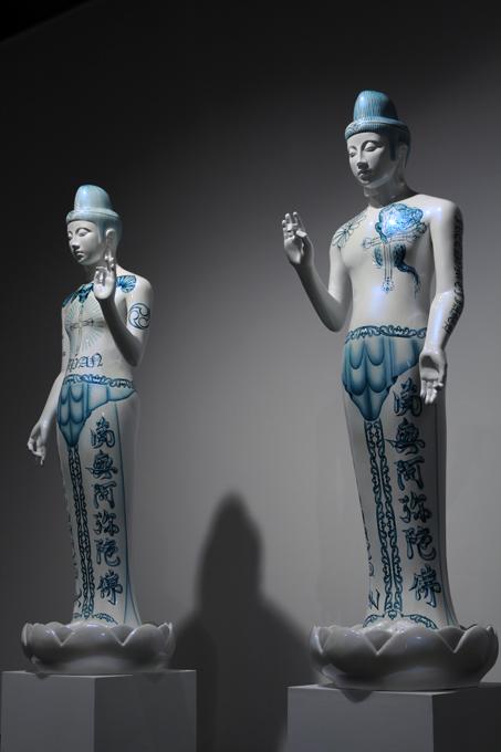 「ボサツ X・Z」/ ''BODHISATTVA X・Z'', 2008, FRP based sculpture
