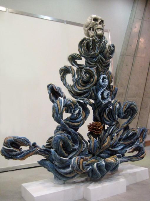 """「メビウス」 / """"Moebius"""" 2012 wood,acrylic,cashew,gold leaf,silver leaf,"""