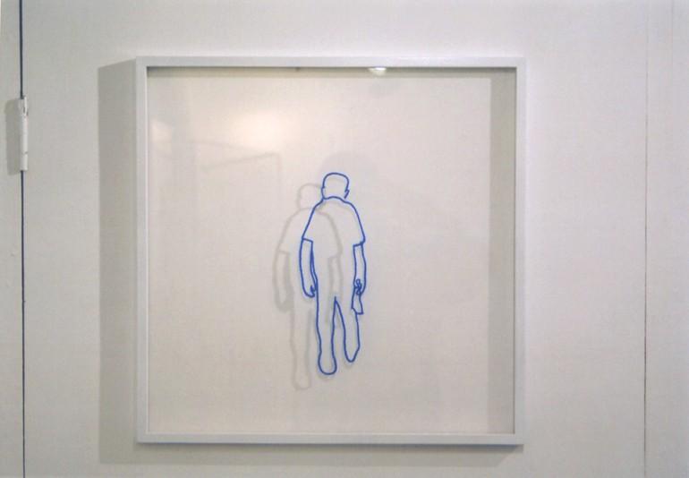 """「歩く人」/ """"walk"""", 2008, wool on plexiglass"""