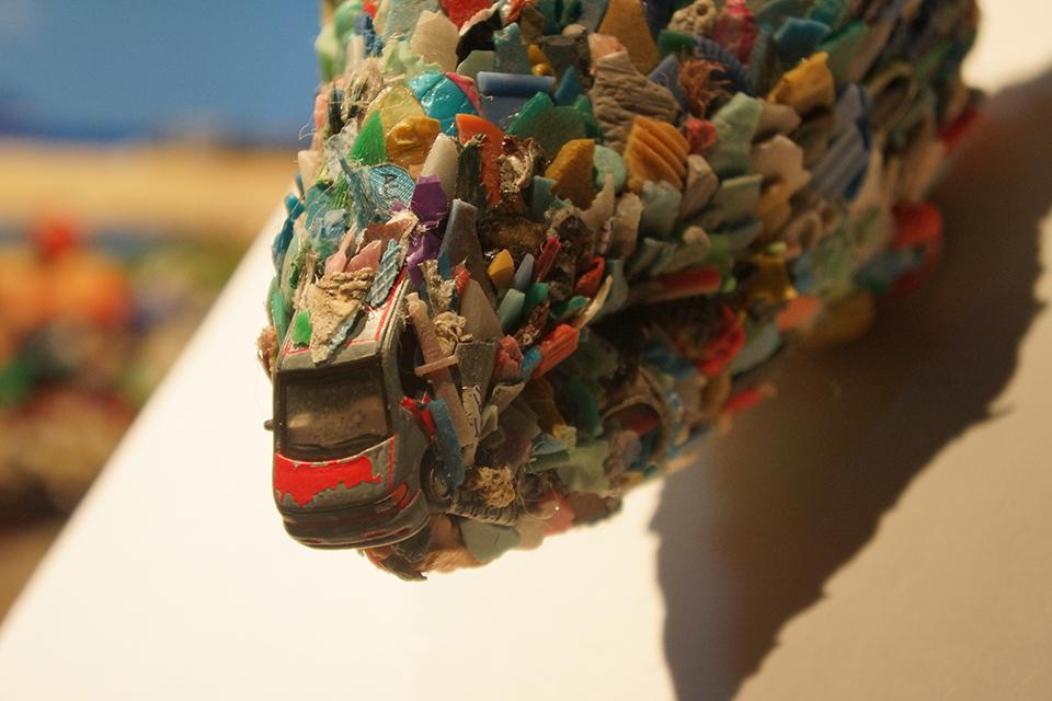 「宇治島の雄鹿」 部分/ ''Deer of Uji island'' detail, 2013, garbage based sculpture